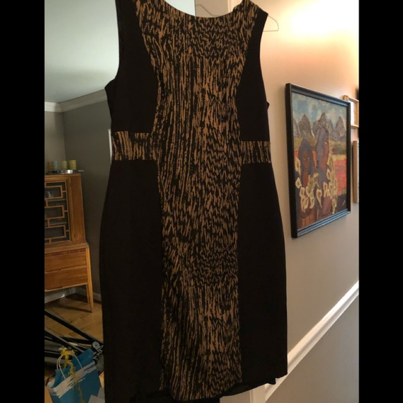 Dresses & Skirts - Soft, form-fitting all occasion dress